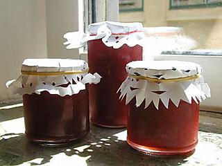 Rhubarbstrawberrymarmalade-1